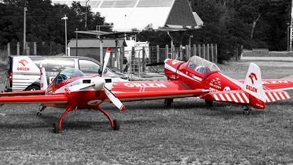 SP-EMN - Grupa Akrobacyjna Żelazny - Acrobatic Group Zlín Aircraft Z-526F