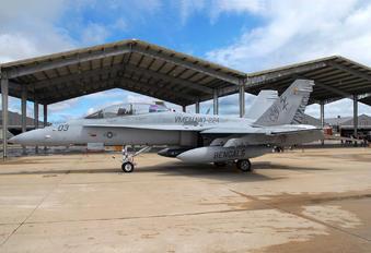 164955 - USA - Marine Corps McDonnell Douglas F/A-18D Hornet