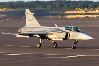 39272 - Sweden - Air Force SAAB JAS 39C Gripen