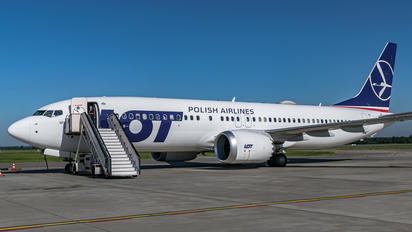 SP-LVF - LOT - Polish Airlines Boeing 737-8 MAX
