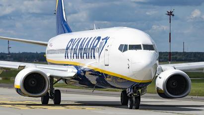 SP-RKS - Ryanair Boeing 737-8AS