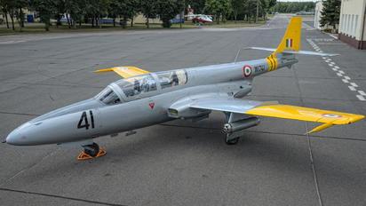 W1741 - India - Air Force PZL TS-11 Iskra