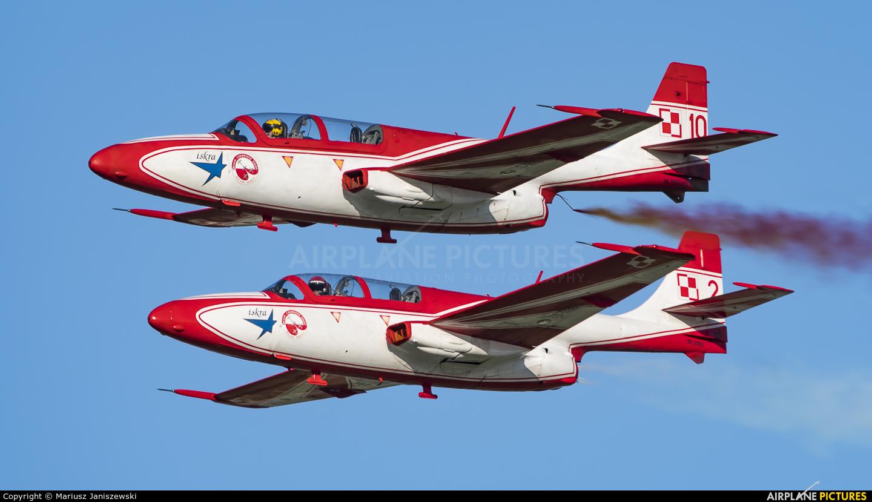 Poland - Air Force: White & Red Iskras 10 aircraft at Gdynia- Babie Doły (Oksywie)