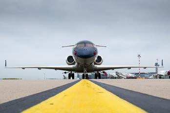 N18NN - Private Bombardier BD-700 Global Express XRS