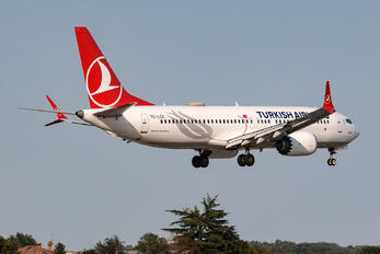 TC-LCE - Turkish Airlines Boeing 737-8 MAX