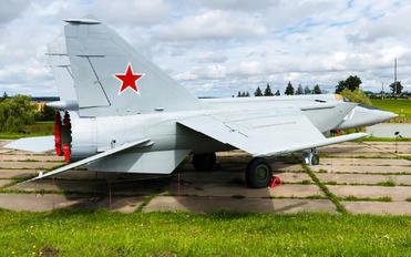 07 - Belarus - Air Force Mikoyan-Gurevich MiG-25R (all models)