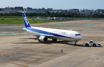 JA618A - ANA - All Nippon Airways Boeing 767-300ER