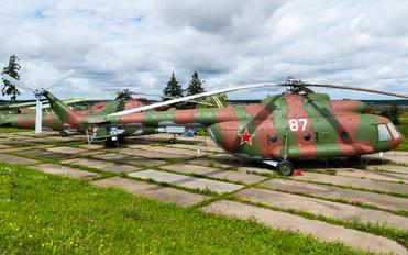 87 - Belarus - Air Force Mil Mi-8