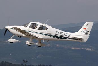 D-EJAJ - Private Cirrus SR-22 -GTS