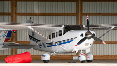 HB-TNT - Private Cessna T206H Turbo Stationair