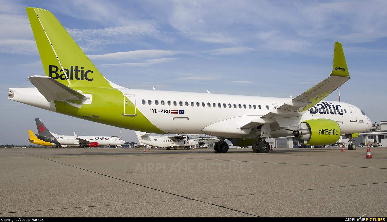 Air Baltic YL-ABD aircraft at Zagreb
