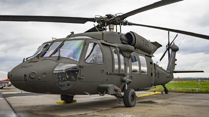 7447 - Slovakia -  Air Force Sikorsky UH-60M Black Hawk