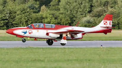 6 - Poland - Air Force: White & Red Iskras PZL TS-11 Iskra