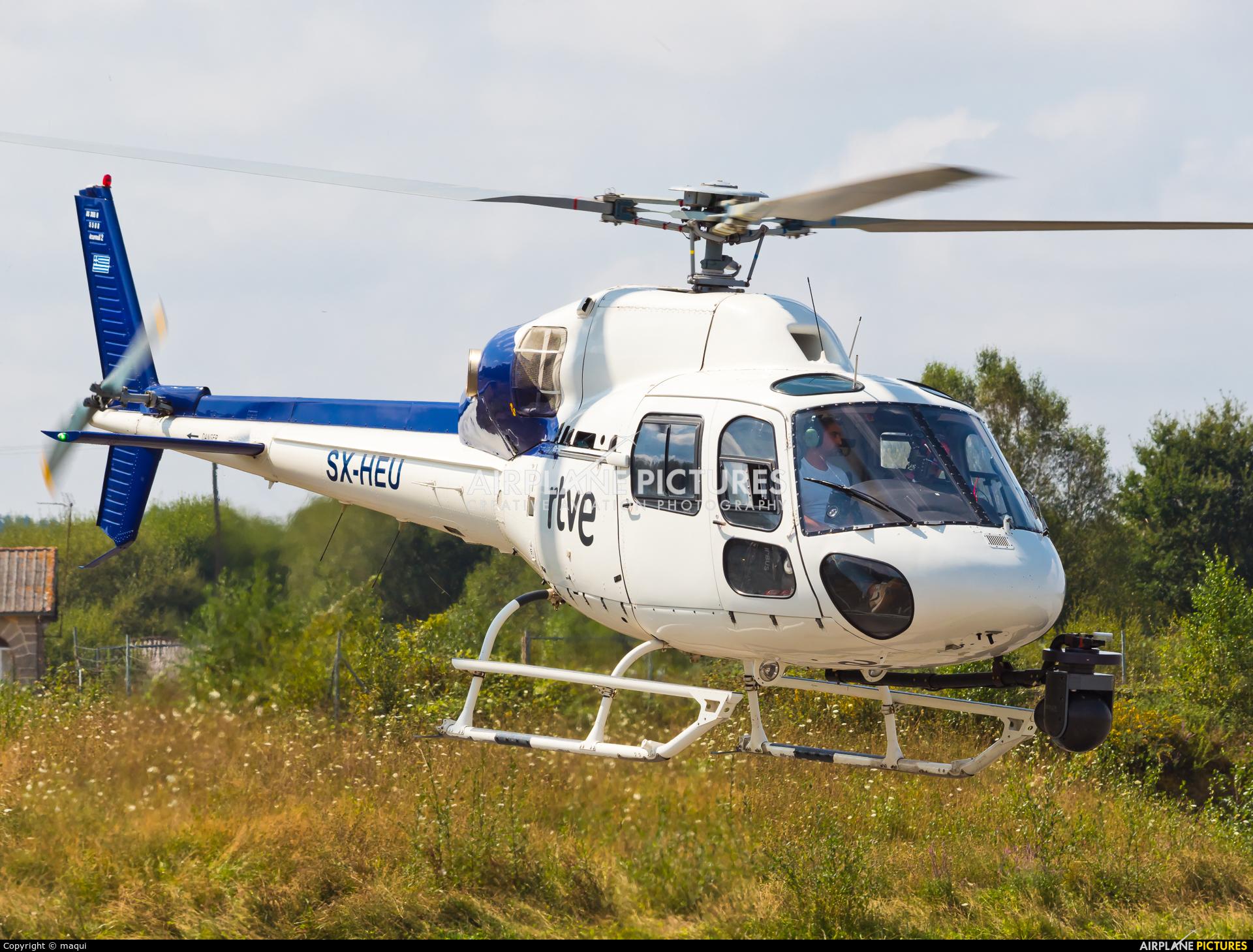 Sky Helicopteros SX-HEU aircraft at Lugo - Rozas