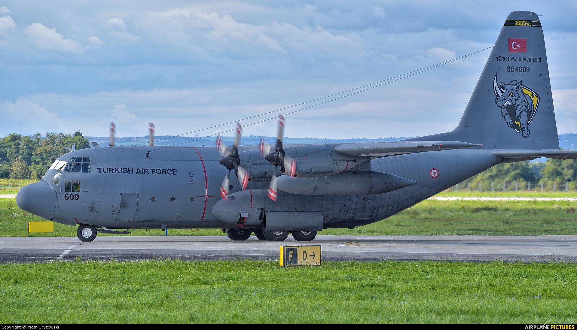 Turkey - Air Force 68-1609 aircraft at Ostrava Mošnov