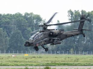 09-5596 - USA - Army Boeing AH-64D Apache