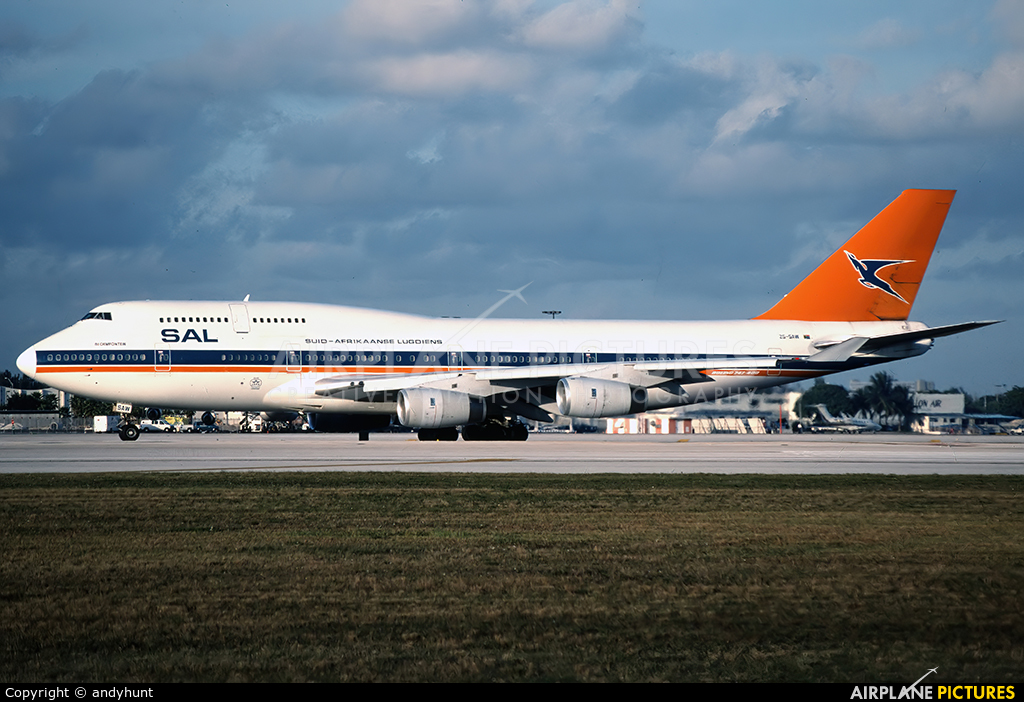 South African Airways ZS-SAW aircraft at Miami Intl
