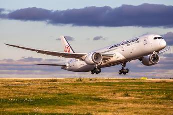 JA875J - JAL - Japan Airlines Boeing 787-9 Dreamliner