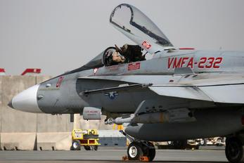 165186 - USA - Marine Corps McDonnell Douglas F/A-18C Hornet