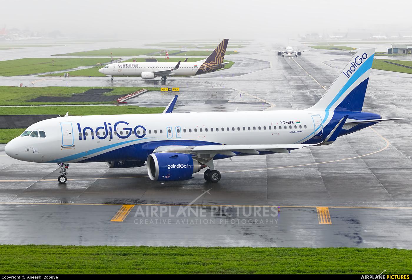 IndiGo VT-ISX aircraft at Mumbai - Chhatrapati Shivaji Intl