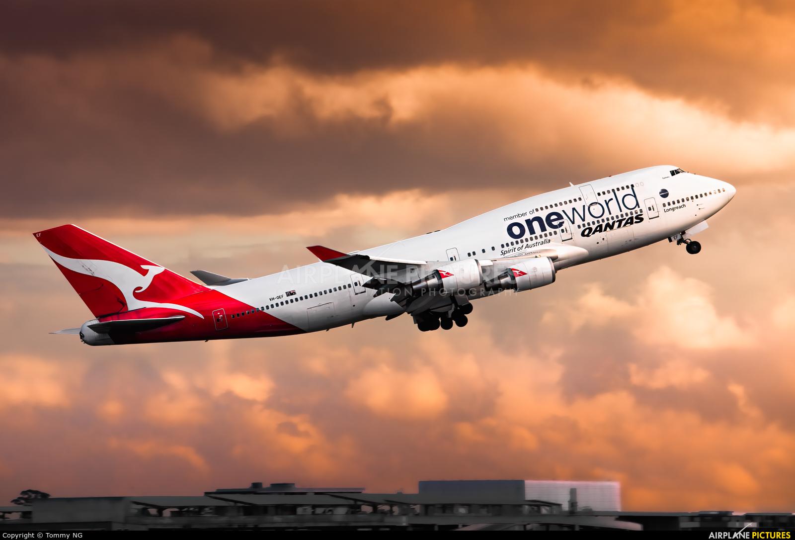 QANTAS VH-OEF aircraft at Sydney - Kingsford Smith Intl, NSW