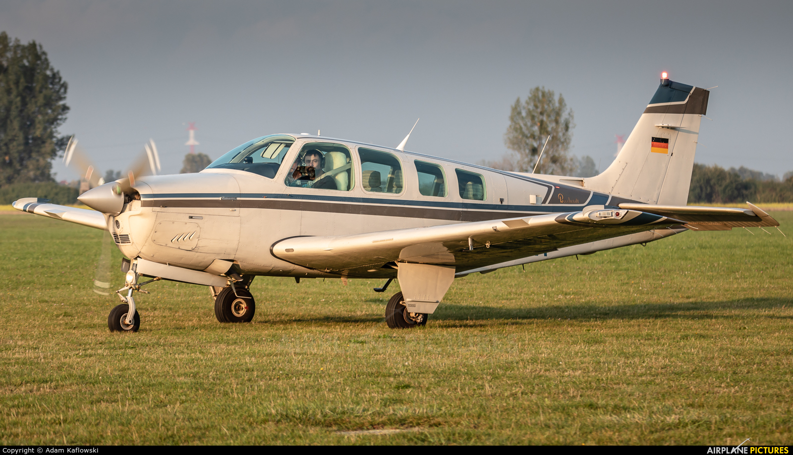 Private D-EAWK aircraft at Wrocław - Szymanów