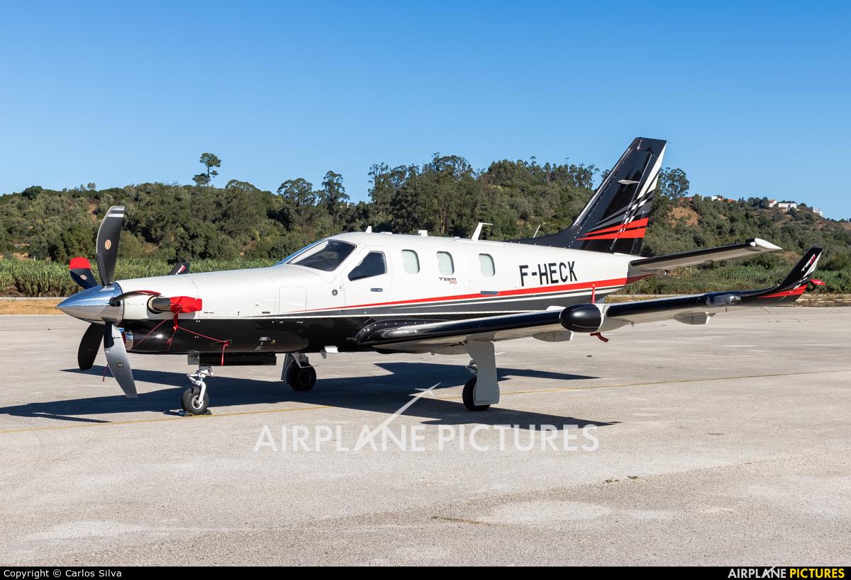 Private F-HECK aircraft at Lisbon