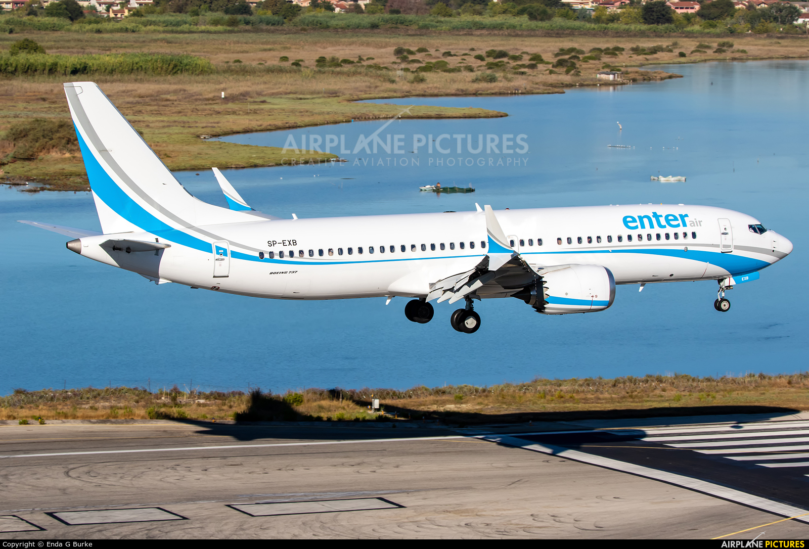 Enter Air SP-EXB aircraft at Corfu - Ioannis Kapodistrias