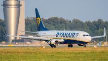 Ryanair Sun SP-RSW image