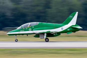 8811 - Saudi Arabia - Air Force: Saudi Hawks British Aerospace Hawk T.1/ 1A