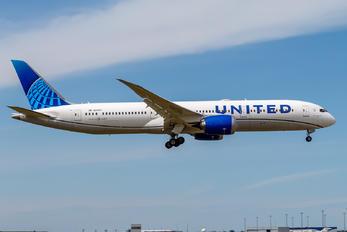 N28987 - United Airlines Boeing 787-9 Dreamliner