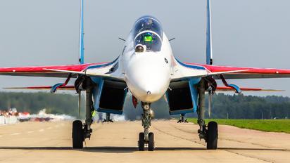 "34 - Russia - Air Force ""Russian Knights"" Sukhoi Su-35"