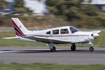 F-GIDD - Private Piper PA-28R-201 Arrow III