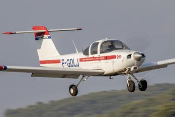 F-GDLJ - Private Piper PA-38 Tomahawk