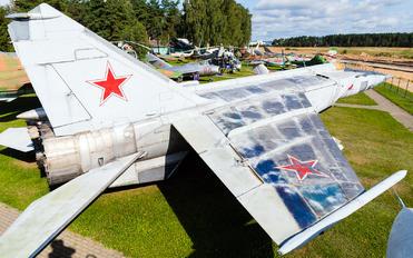 78 - Belarus - Air Force Mikoyan-Gurevich MiG-25R (all models)