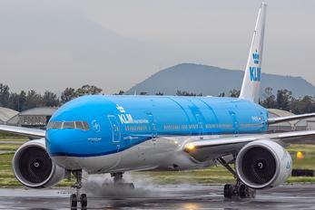 PH-BVW - KLM Boeing 777-300ER