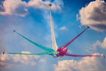 """MM55058 - Italy - Air Force """"Frecce Tricolori"""" Aermacchi MB-339-A/PAN"""