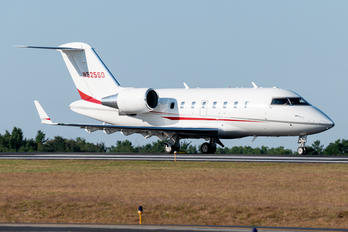 N525SD - Private Bombardier CL-600-2B16 Challenger 604