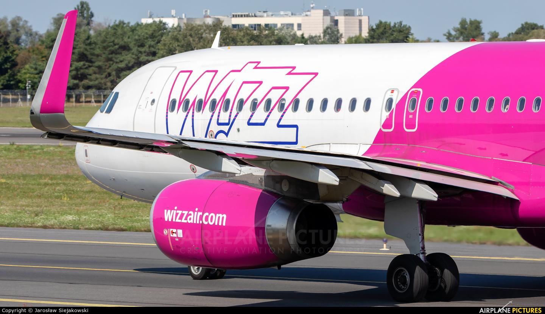 Wizz Air HA-LSC aircraft at Poznań - Ławica