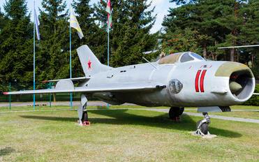 11 - Belarus - Air Force Mikoyan-Gurevich MiG-19S
