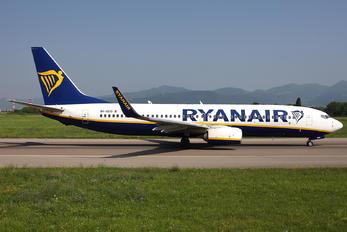 9H-QDQ - Ryanair Boeing 737-8AS