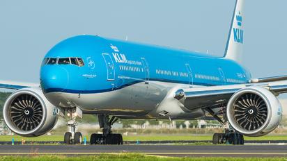 PH-BVV - KLM Boeing 777-300ER