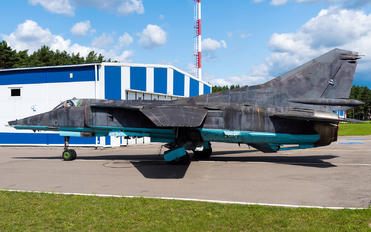 - - Belarus - Air Force Mikoyan-Gurevich MiG-27