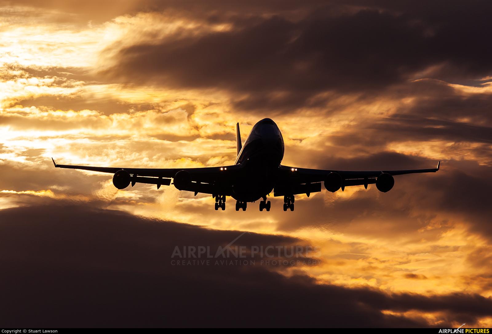 Cargologicair G-CLBA aircraft at East Midlands